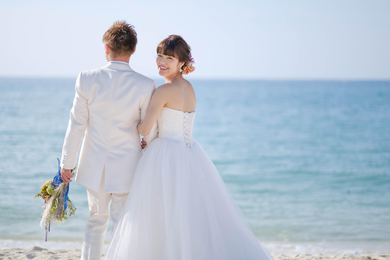 沖縄でリゾートウエディングイメージ