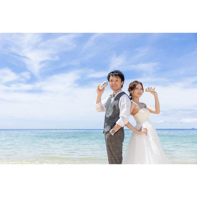 . 撮影アイテムを使って☺︎‼︎ マーブルリゾートウェディング沖縄の人気貸出アイテム[オリオンビール].[フォトフレーム]✨ アイテムがあるだけでお写真もぐんっと華やかに☀️ 3枚目は人気のポージングお姫様だっこです💓 𓇼𓂃𓂃𓂃𓂃𓂃𓂃𓂃𓈒𓏸  〖 Hairmake 〗 ⇢Mizuki Inoue  〖 Bride costume 〗 Dress⇢ E107  〖 Groom costume 〗 Set up⇢ GT100  𓏸𓈒𓂃𓂃𓂃𓂃𓂃𓂃𓂃𓇼  プラン詳細はプロフィールのURLをクリック👆 もしくはフリーダイヤルかメール、LINEをお友達追加していただきトーク画面にてお問い合わせください✨ ⋆ ☎︎: 098-987-6266 ✉︎: mrw-okinawa@marry-marble.com LINE:@949kluns ⋆ ⋆ #marrymarble#marbleresortWedding#マリーマーブル#マーブルリゾートウェディング沖縄#フォトウェディング#ウェディングフォト#ロケーションフォト#ブライダル撮影#リゾートウェディング#リゾートウェディング沖縄#wedding#沖縄ウェディング#沖縄フォトウェディング#与論島フォトウェディング#石垣フォトウェディング#宮古島フォトウェディング#ビーチウェディング#絶景スポット#マタニティウェディング #沖縄#沖縄旅行#日本の絶景#前撮り#結婚式前撮り#沖縄フォト祭り#アラハビーチ#プレ花嫁#沖縄花嫁#恩納 村 #熱田ビーチ